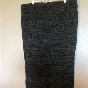 Torrid Gray & Black Pencil Stretchy Skirt 2
